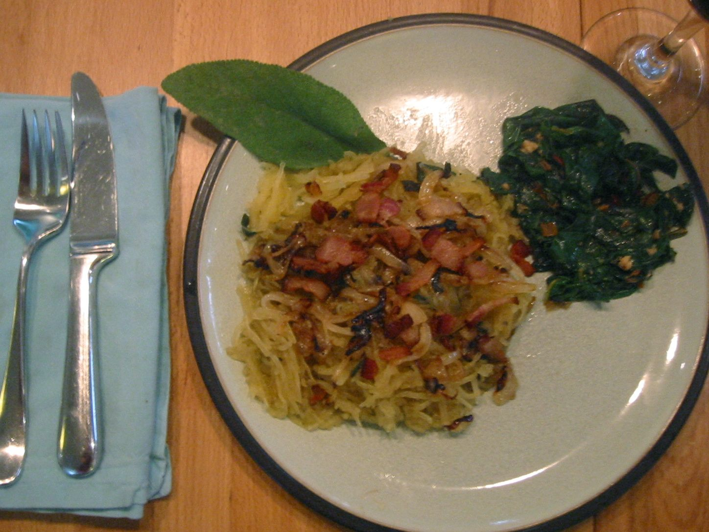 spagettig squash w/ sage, caramelized onions and bacon!
