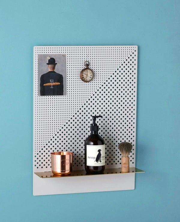 Exterior Walldesign Ideas: Magnetic Peg Board With Moveable Shelf