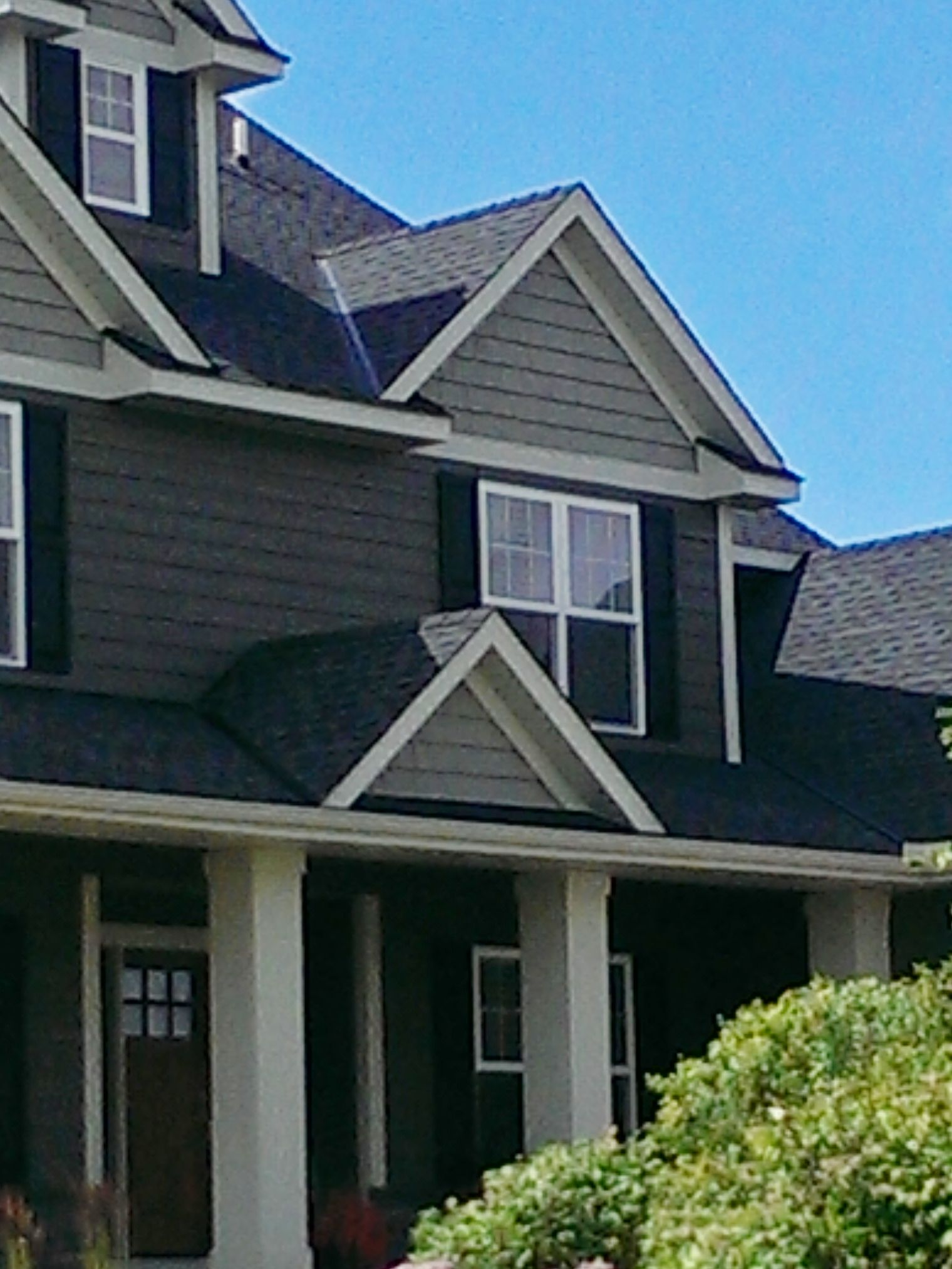 New Home Construction Vinyl Siding Vinyl Shakes Roof Gables White Window Trim Grey Exterior Vinyl Siding Exterior Rock Siding Stone Siding Exterior