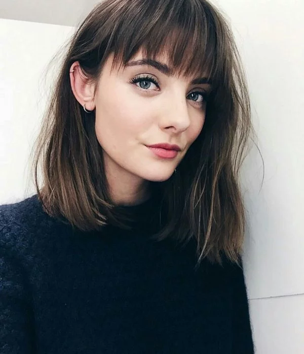 3 Trendiest Bangs For Small Forehead In 2020 You Must Try Medium Hair Styles Hair Styles Thick Hair Styles