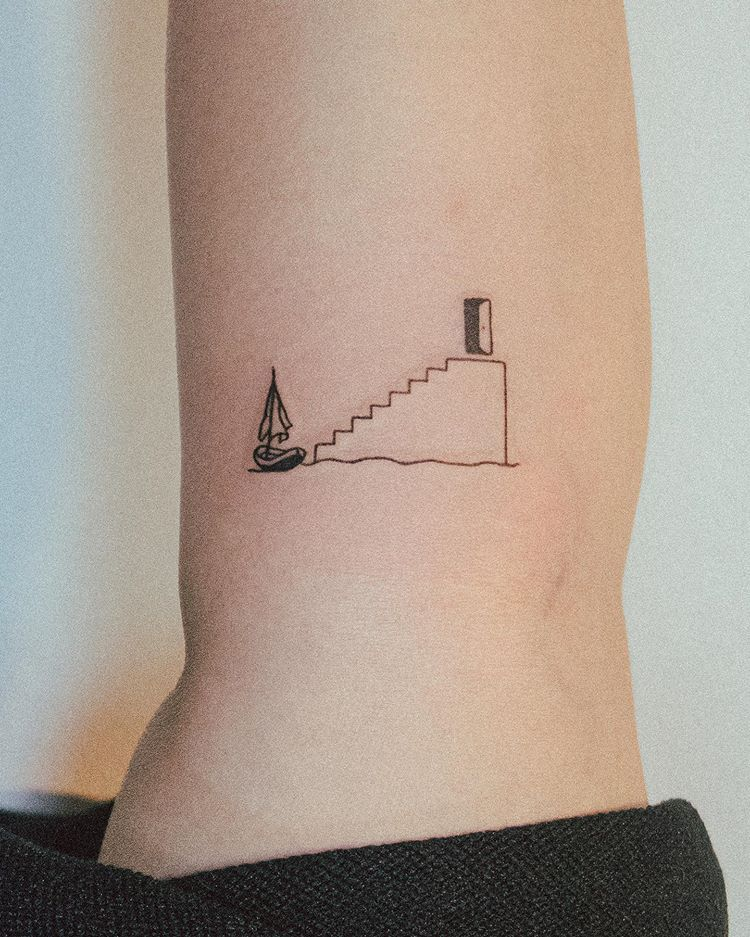 "𝘽𝙤𝙣𝙜𝙠𝙚𝙚's Instagram photo: ""🚪Exit the show🚪 . . The Truman show(1998) . . #thetrumanshow #movietattoo #minimalarchive #qttr #simpletattoo #contemporarytattooing…"""