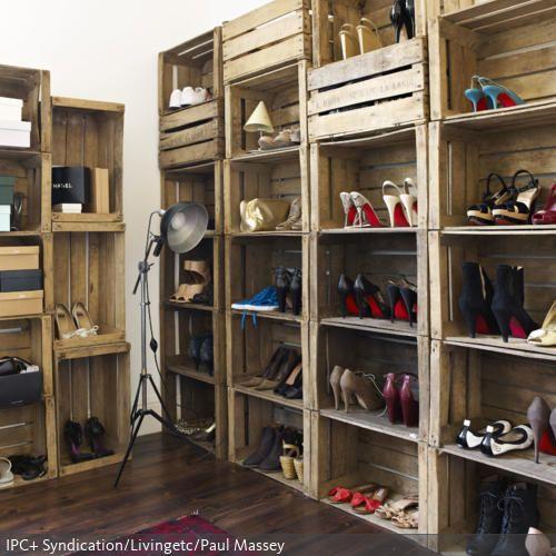 diy schuhschrank holzkiste bauen industrie chic und holzkiste. Black Bedroom Furniture Sets. Home Design Ideas