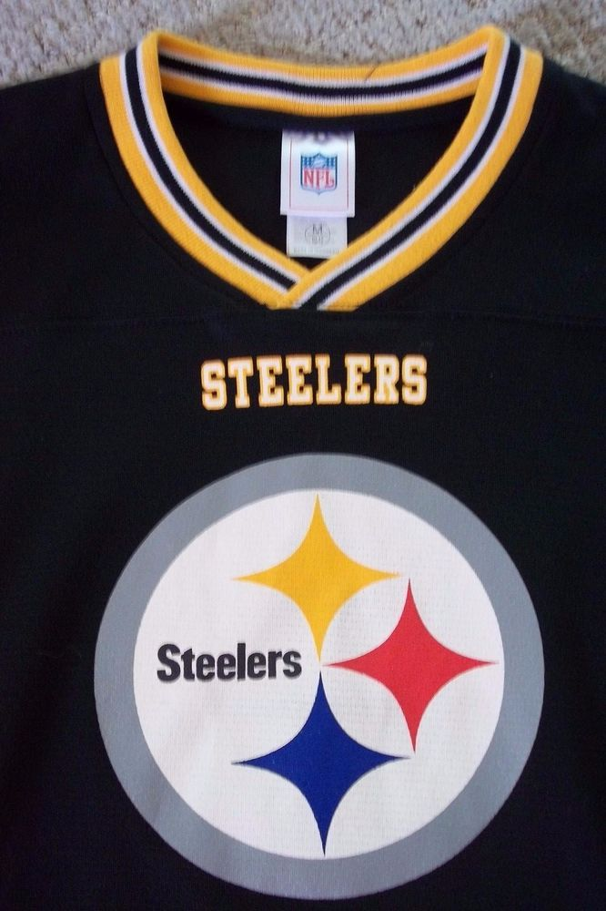 5b713a3a28f Pittsburg Steelers Mens NFL Shirt SZ M VTG Black FOOTBALL V neck POLY TAG   NFL  PittsburghSteelers