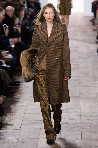 Michael Kors at New York Fashion Week Fall 2015   Stylebistro.com