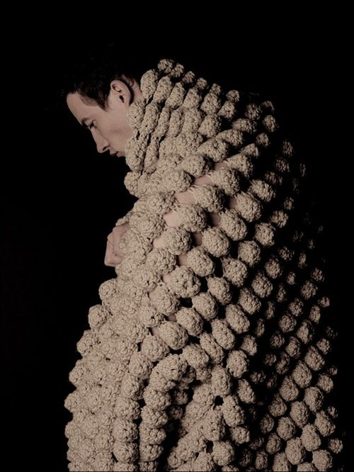Jillian Carrozza Studied Fashion At Mt San Antonio College In Los Angeles The Fashion Institute Of Technology In New Crochet Chunky Knitting Crochet Fashion