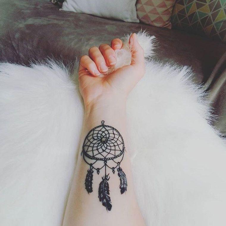 tatouage attrape r ve signification et mod les de tatouage femme pinterest tatouages de. Black Bedroom Furniture Sets. Home Design Ideas