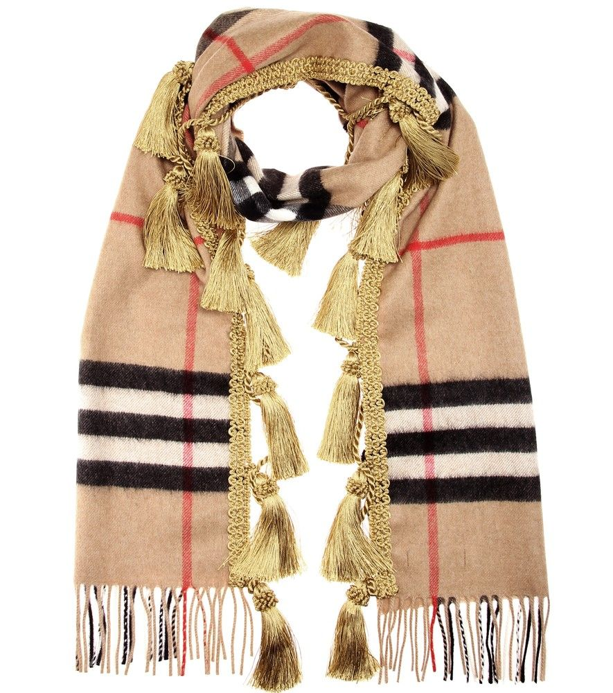 burberry giant plaid cashmere scarf spun from pure cashmere burberry 39 s camel hued scarf. Black Bedroom Furniture Sets. Home Design Ideas