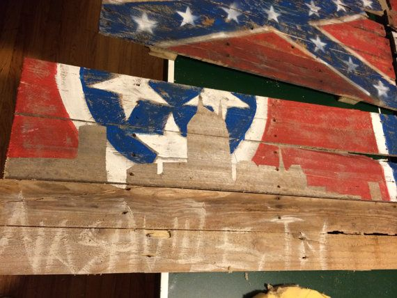 Pin By Emily Lozier On For The Home Pallet Art Pallet Flag Nashville Skyline