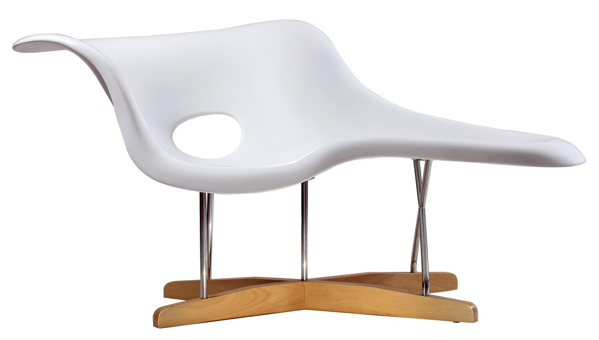 Eames La Chaise 810 at Zuffa Home