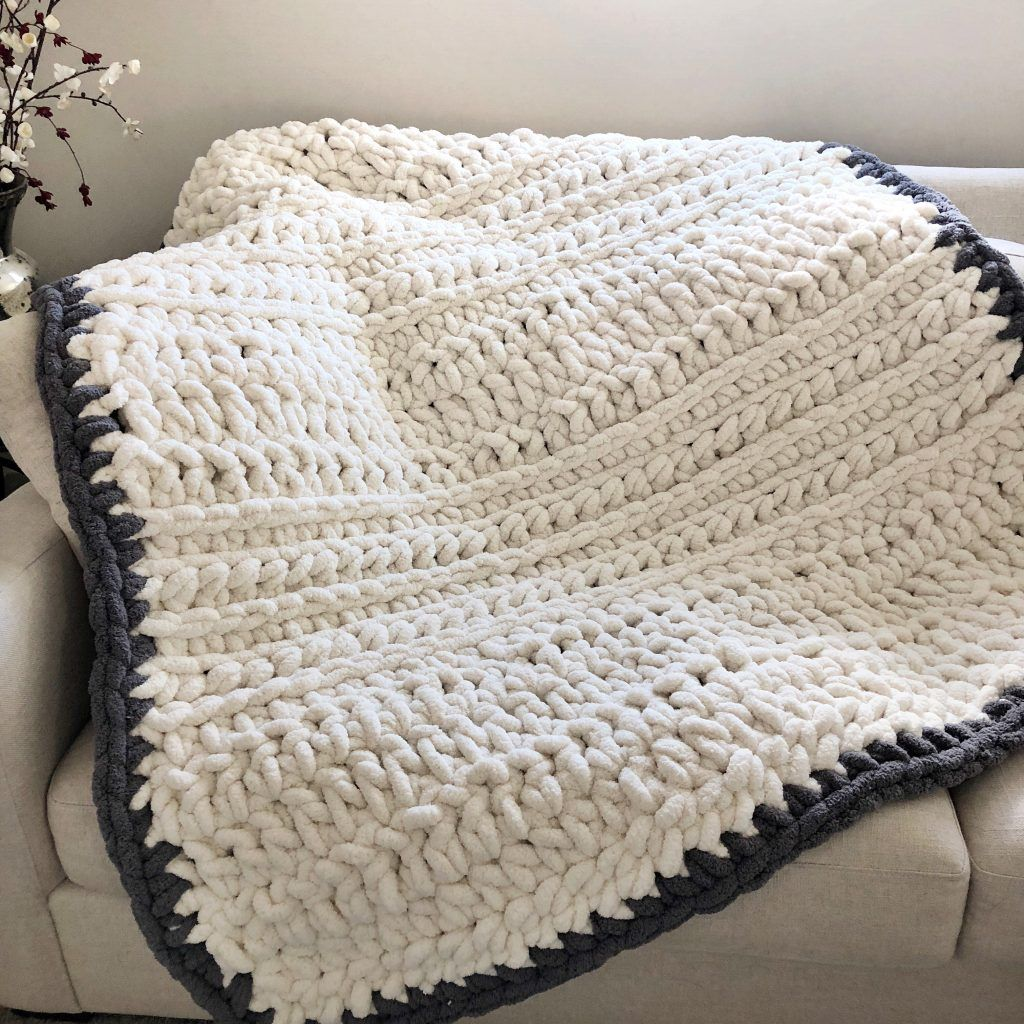 Pattern Super Chunky Cozy Crochet Blanket Evelyn And Peter Crochet Chunky Crochet Blanket Pattern Chunky Crochet Blanket Chunky Blanket Pattern