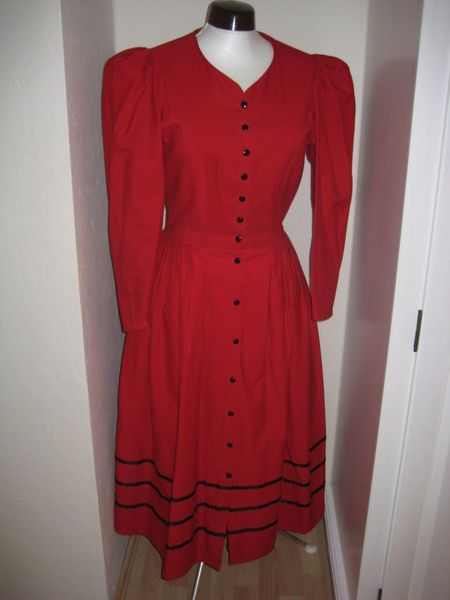 Kleid Im Landhausstil rotes kleid im landhausstil landhausstil satinband und rot