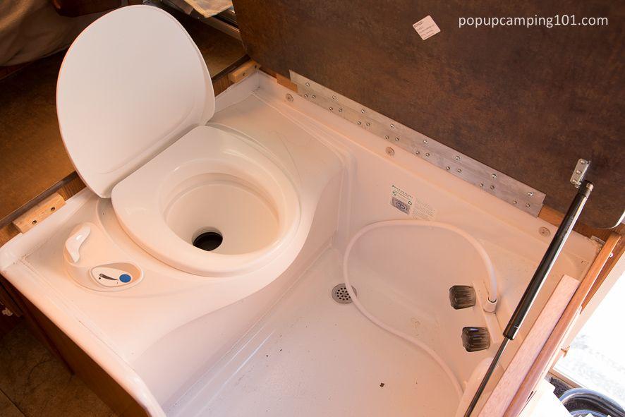 pop up camper bathroom (With images) Pop up camper