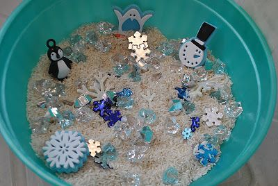 The Iowa Farmer's Wife: Winter Sensory Bin