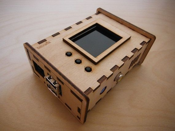 Bramble LCD - Raspberry Pi case for use with 1 8