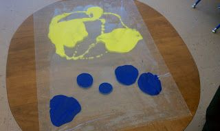 little preschool on the prairie: paint mixing using contact paper - I think I might use a similar idea with large ziploc bags