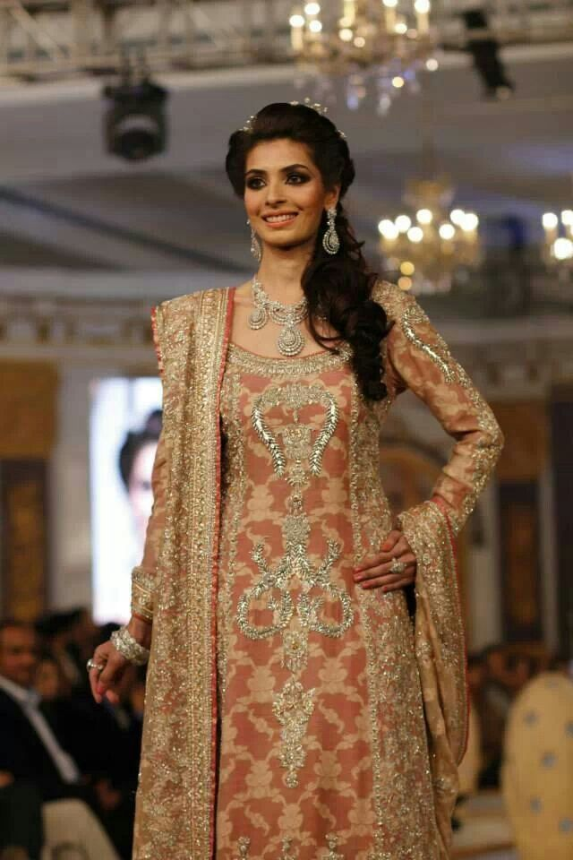 Pakistani & Indian Bridal Wedding Dresses 2015-2016 & Bridal Gowns ...