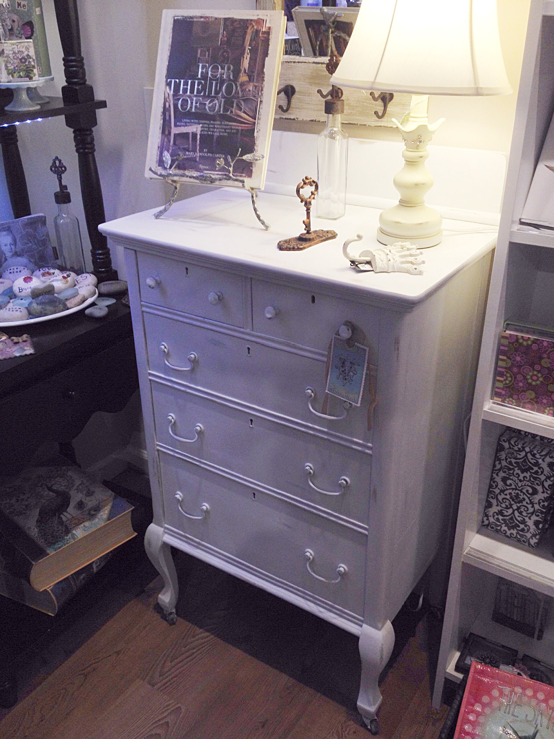 Sweet Antique dresser $195