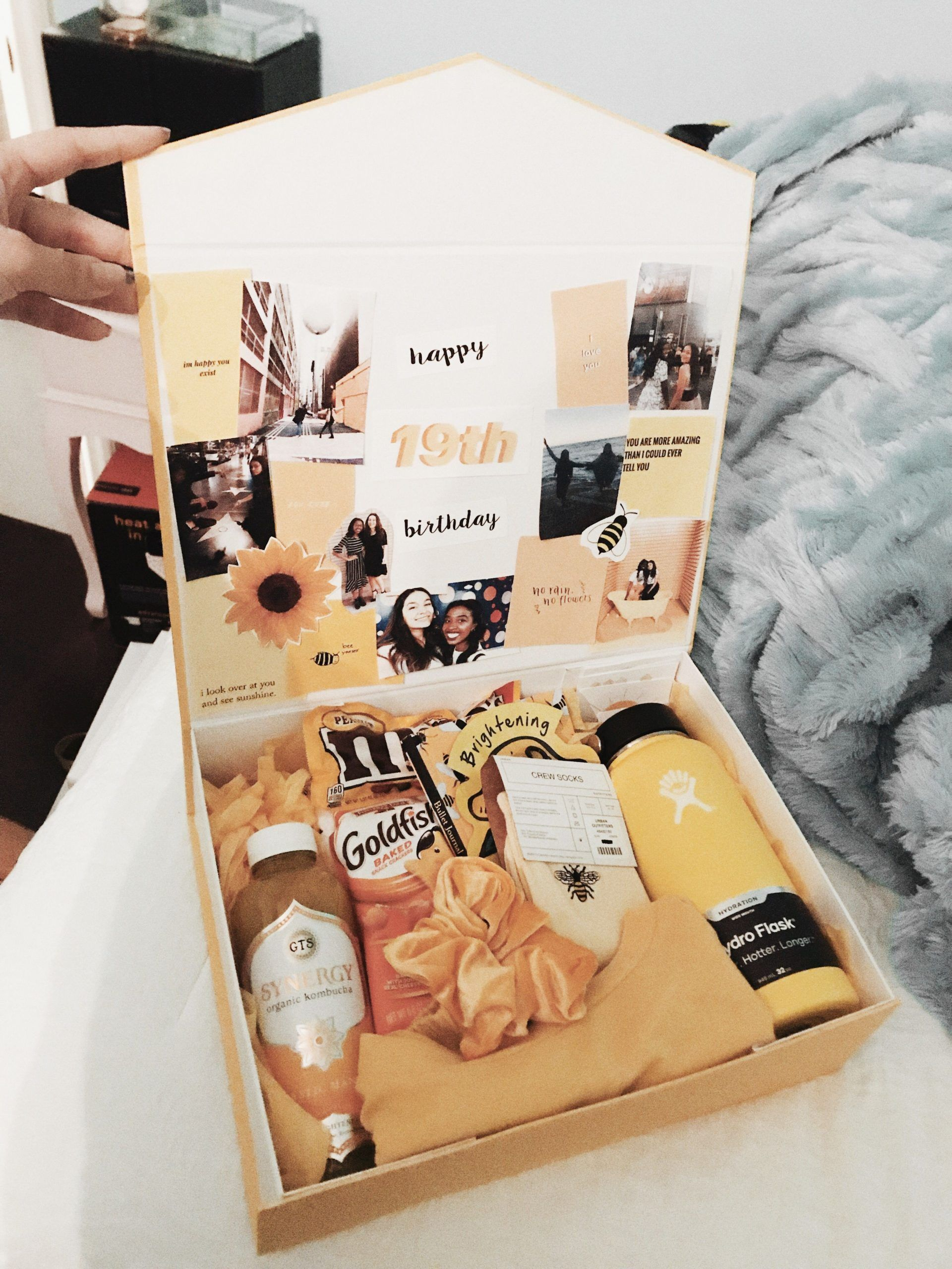 box of sunshine gift in 2020 (With images) Bff birthday