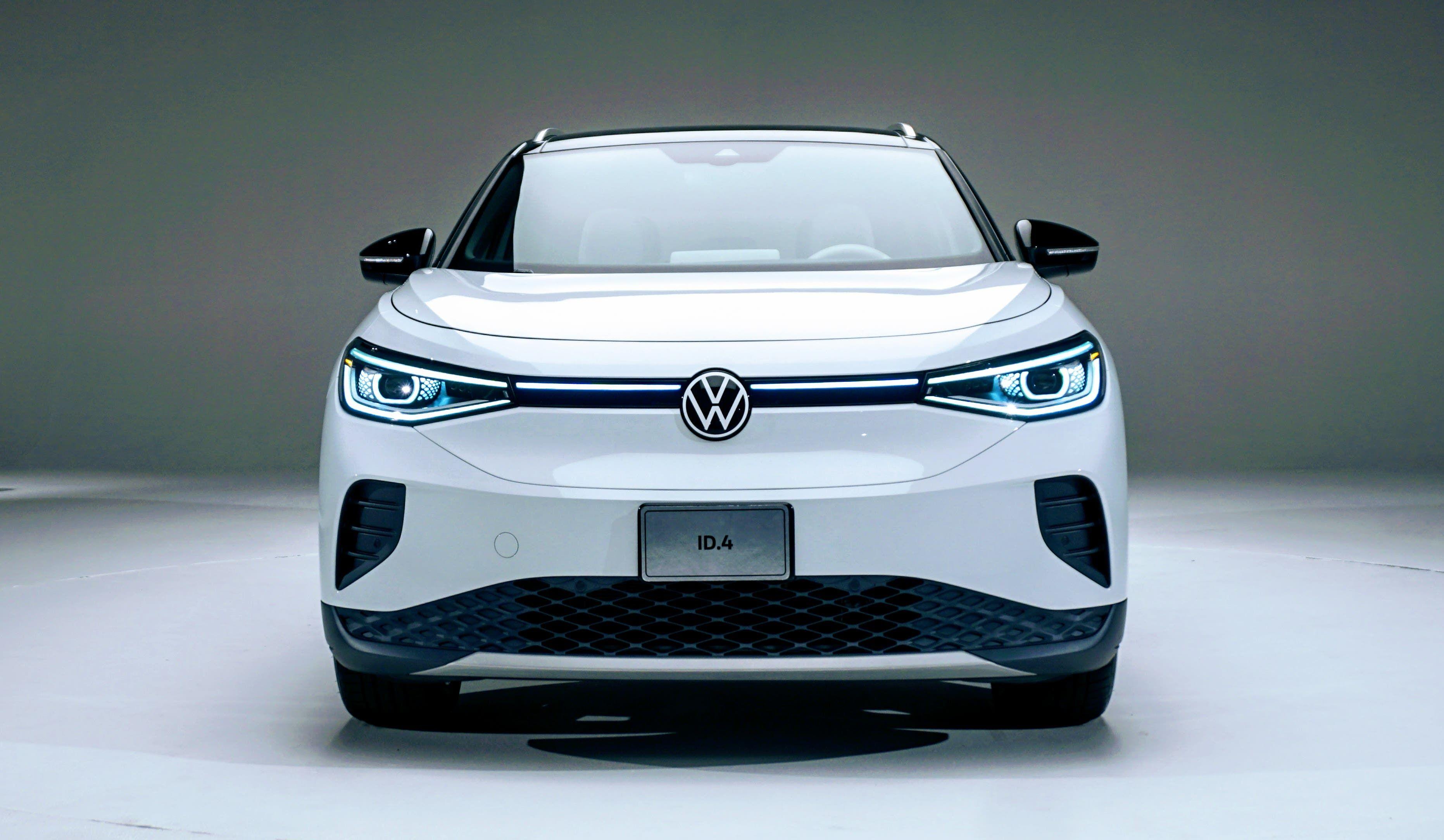 Volkswagen Id 4 250 Mile Range 32 500 Usd Preis Nach Steuergutschrift Volkswagen Tesla Model Hybrid Car