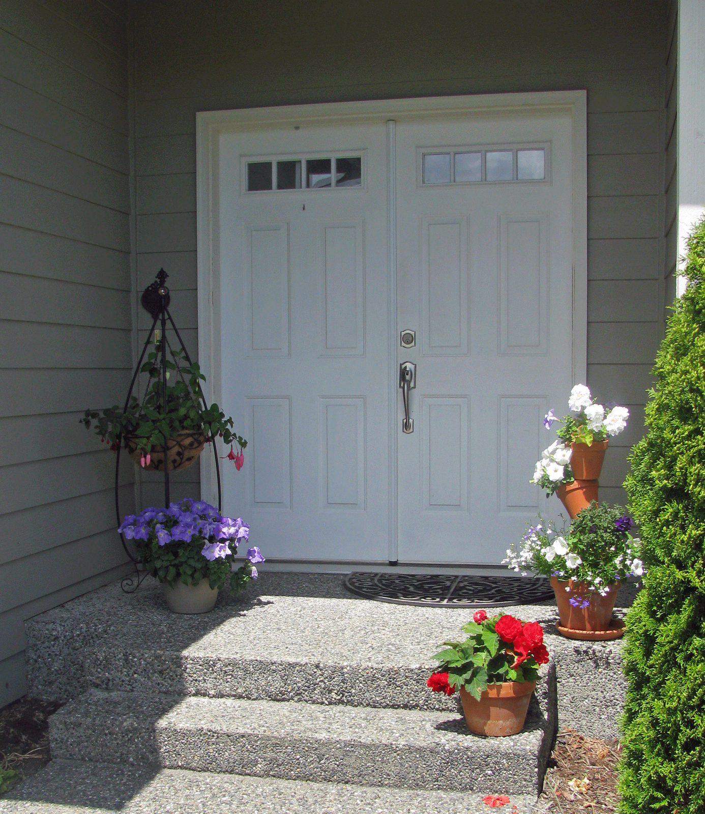 70 Pretty Front Door Flower Pots For A Good First Impression
