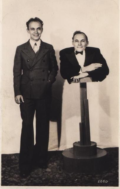 Johnny Eck & his twin brother, Robert. | Golden Circus Age | Pinterest