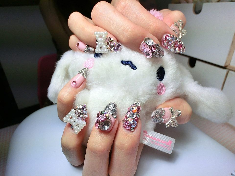 Japanese Nail Art | Here\'s 42 examples of Japanese nail art for you ...