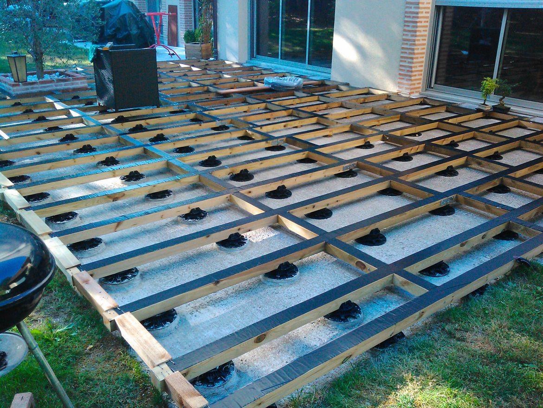 pose sur plot pour terrasse bois construction terrasse. Black Bedroom Furniture Sets. Home Design Ideas