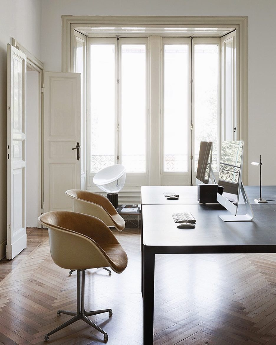 Classically refined elegance in this home office apartment milano by quincoces drago quincocesdrago