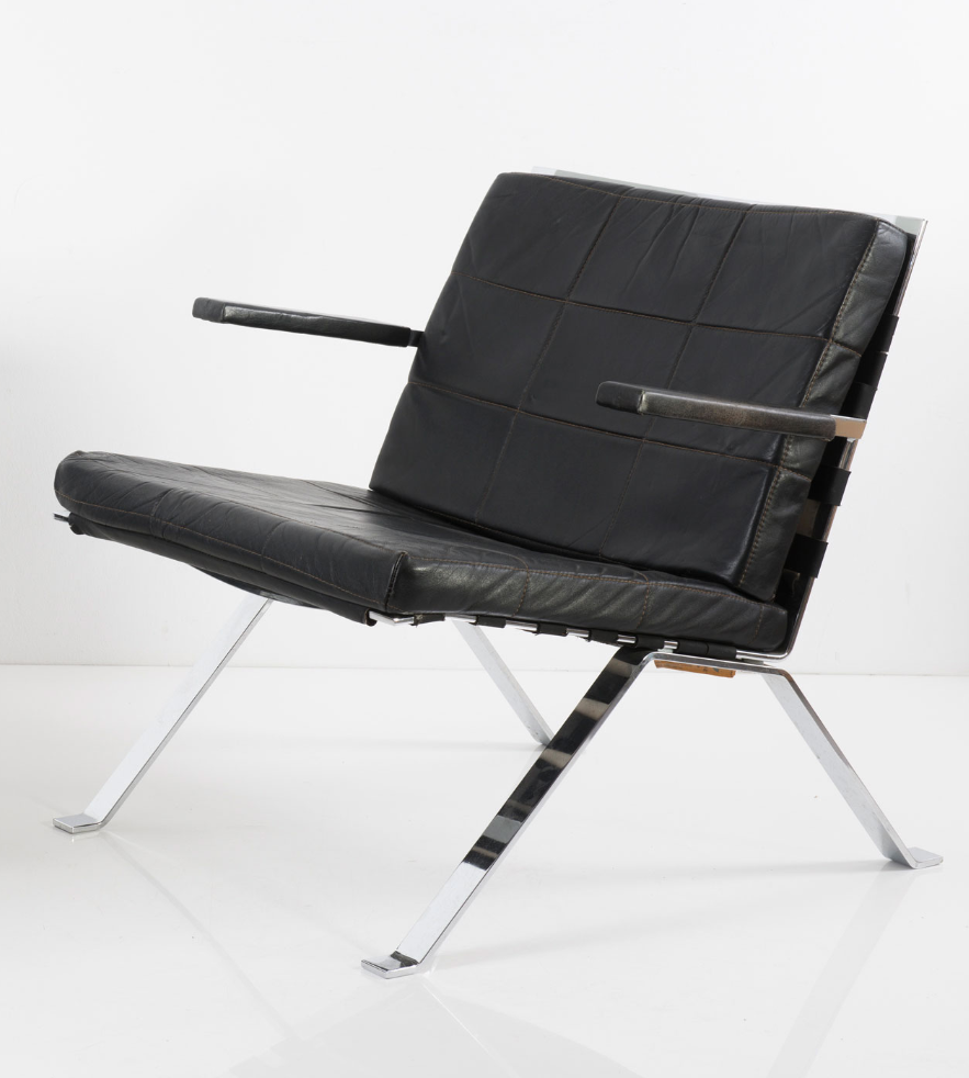 Hans Eichenberger Chromed Steel And Leather 1600 Euro Armchair