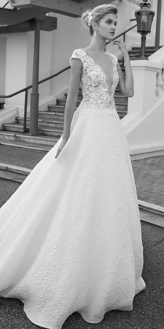 Alessandra Rinaudo 2017 Bridal Collection | Brautkleid, Brautmode ...