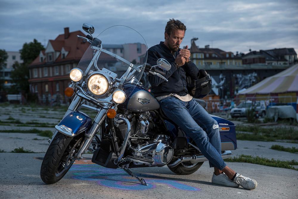 Pin auf Motorräder für Männer