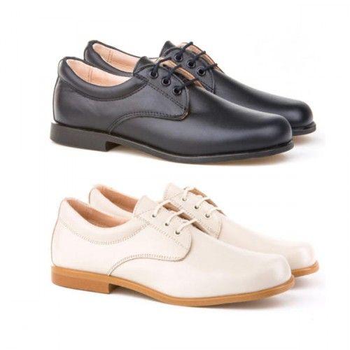 5e3d0973b2 Zapatos de comunión para niños fabricadas en piel de primera calidad para  una mayor comodidad.