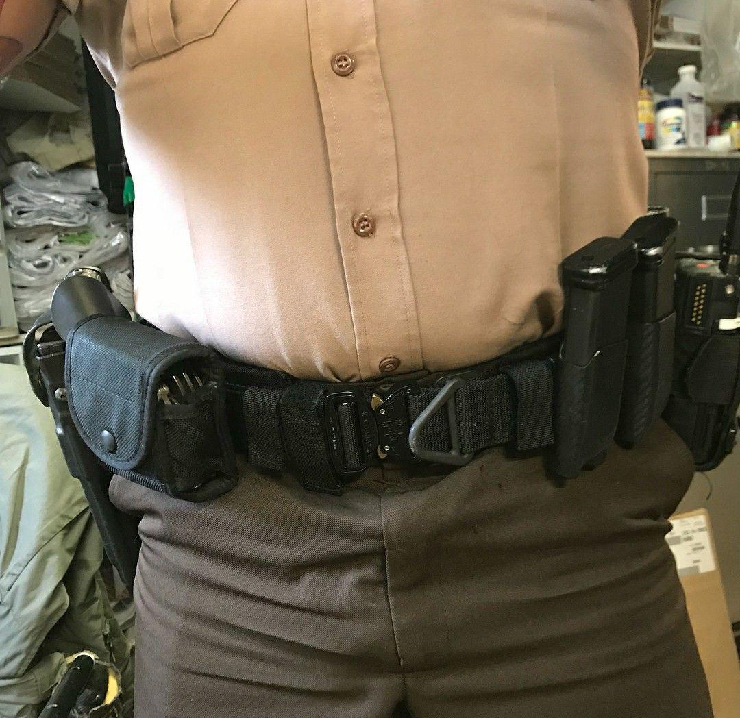 Pin By Ram On Guy Stuff Police Gear Battle Belt Police Duty Belt