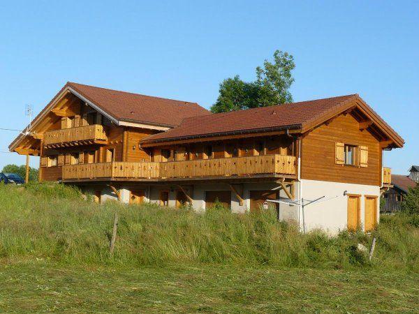 Escapade Rurale Dans Le Doubs Location Vacances Gites En France Doubs Grand Chalet Gite