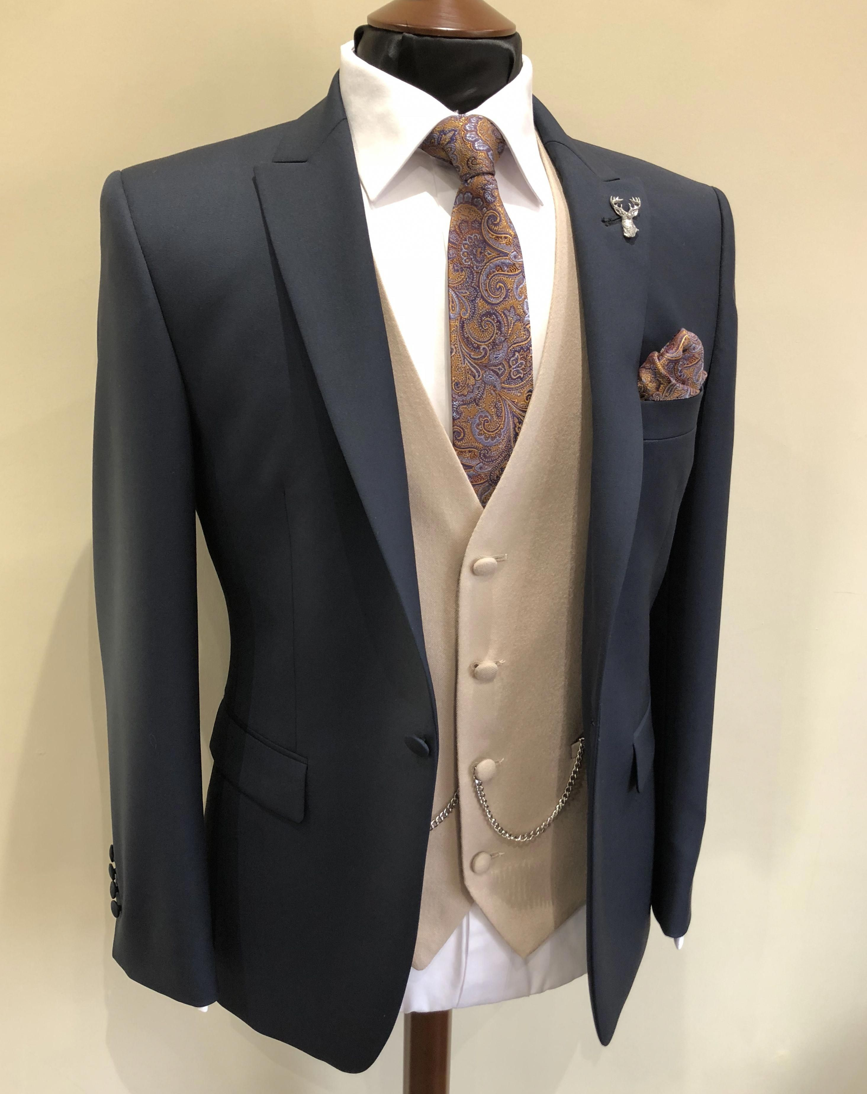 Please Click Here To Get More Information About Mens Fashion Mensfashion Wedding Suit Hire Wedding Suits Suit Fashion