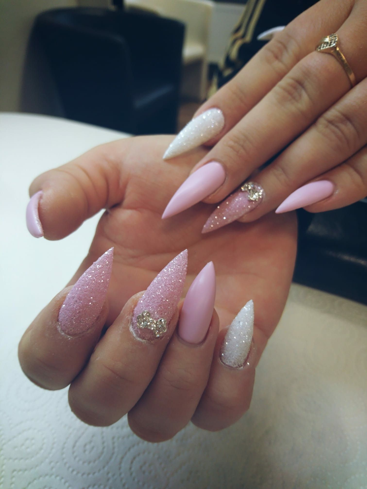 Pin by Tatjana Pusch on Nageldesign | Pinterest | Natural nails ...