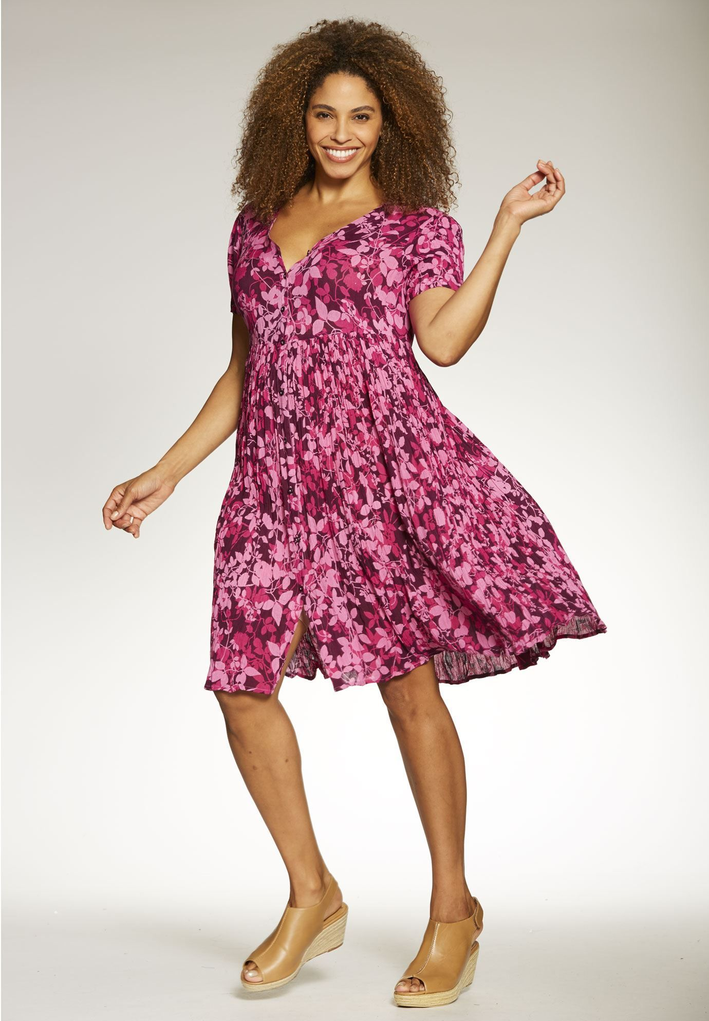 http://www.womanwithin.com/clothing/Short-buttonfront-crinkle-dress ...