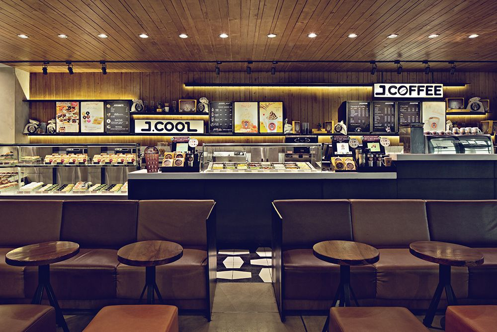J Co Donuts Ip Bandung Interior Design By Moderne Architecture Commercial F B Restaurant