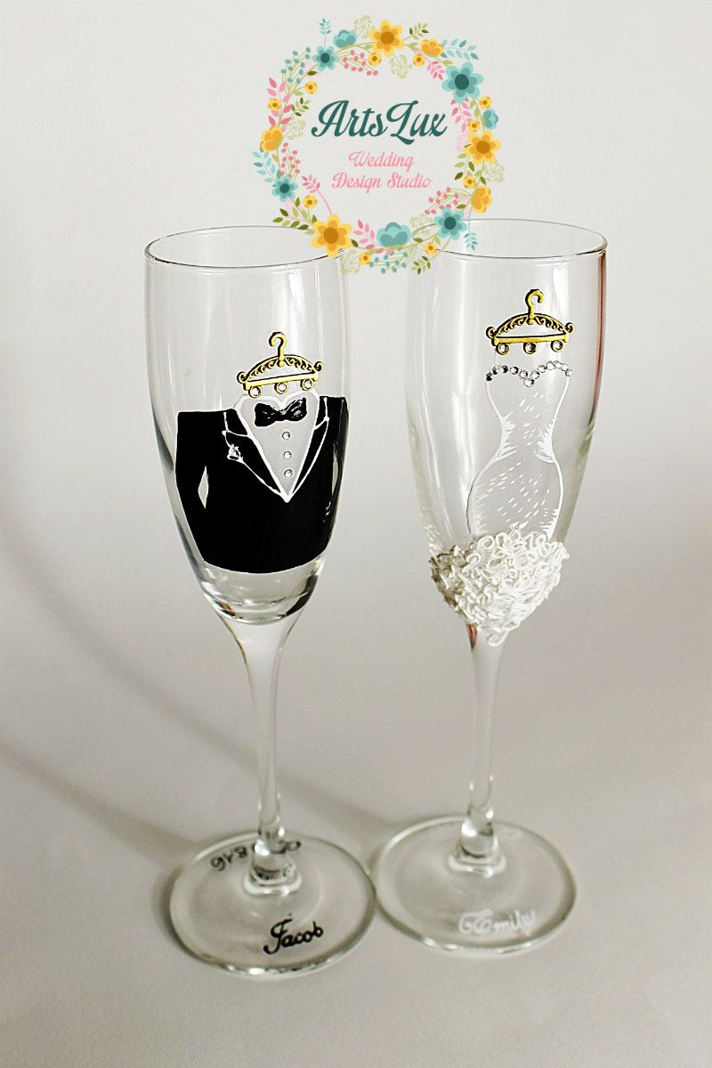 Bride and Groom Wedding Champagne glasses-Hand painted Wedding ...