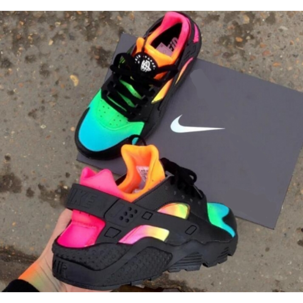 Exquisite Custom Gucci Huaraches Available In 3 Colors Here Rainbow Sold At Ogvibes