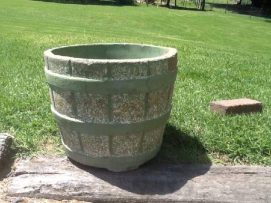 Pin By Concrete Swan On Vintage Concrete Pots Concrete Pots Planter Pots Planters