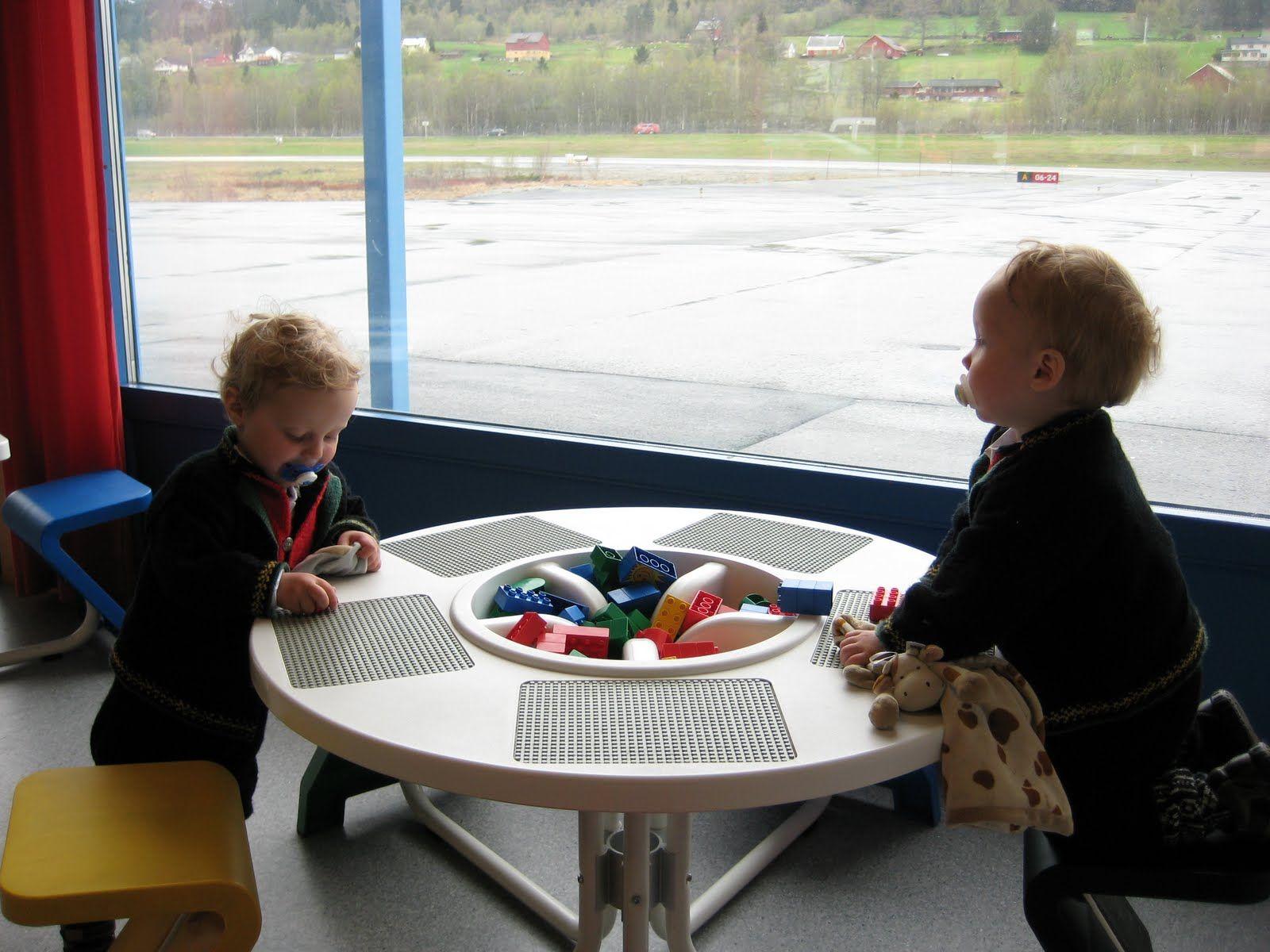 Round Lego Table