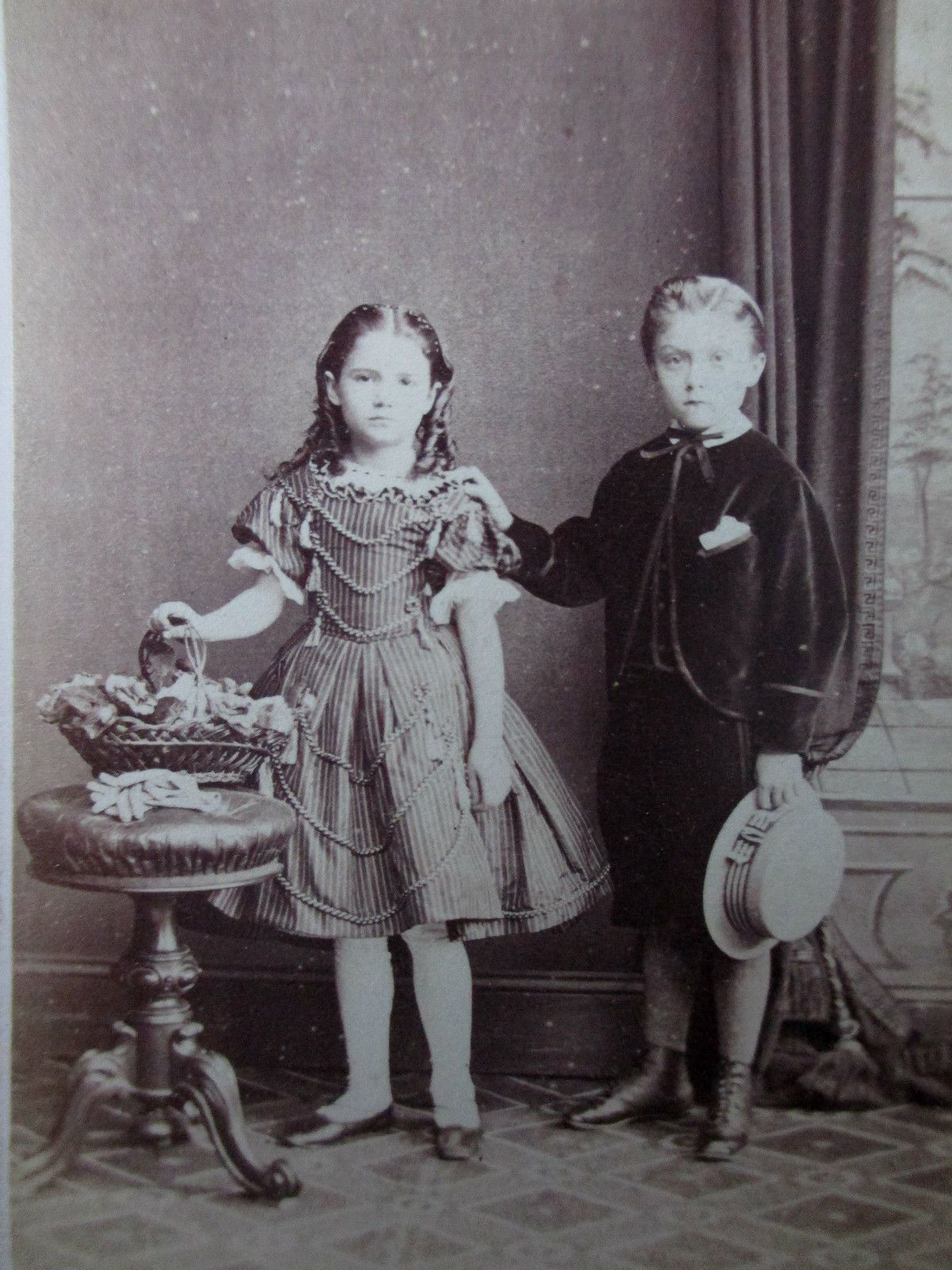 victorian childhood essay Essay writing guide learn jake aston to show how childhood is represented in charlotte bronte's `jane eyre' the social status of children in the victorian age.