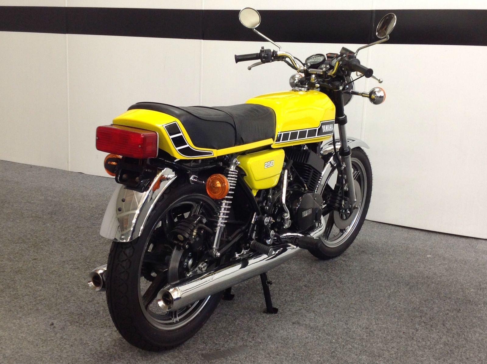 1979 Yamaha RD 250 Professional Rebuild   eBay   Motorcycles