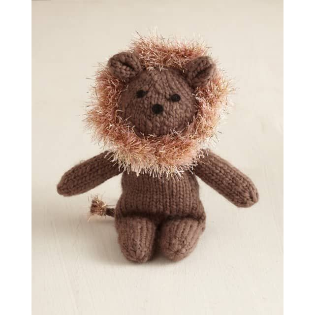 Knitted Lion Pattern - Lion Brand Yarn   Knitted animals ...