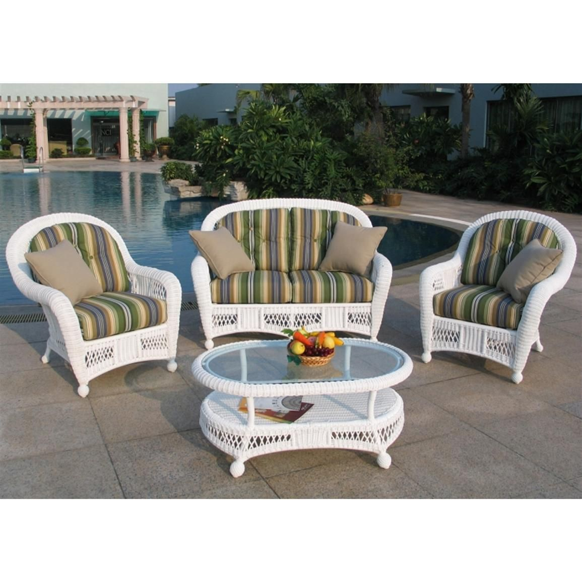 Chicago Wicker Montego 4 Pc. Wicker Patio Furniture Collection