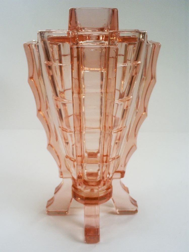 British Pottery, Porcelain & Glass Vintage Art Deco Glass Vase
