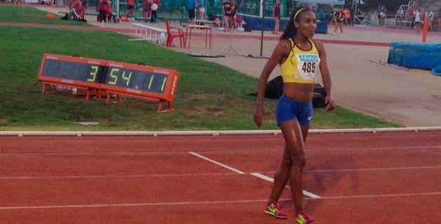 Genzebe Didaba fue una de las grandes protagonistas del Meeting de Barcelona disputado ayer logrando una mejor marca mundial del año en 1.500 metros con 3:54.11. Más información: http://www.rfea.es/web/noticias/desarrollo.asp?codigo=8253#.VZ4dSl_tmko