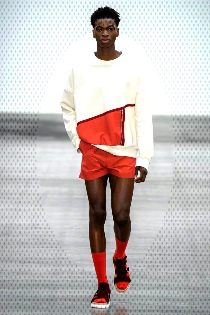 E. Tautz Spring 2020 Menswear collection, runway looks, beauty, models, and revi...  - Short short