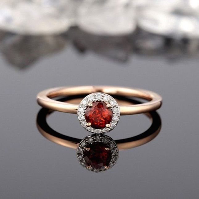 20 non traditional garnet engagement rings that are gorgeous - Garnet Wedding Rings